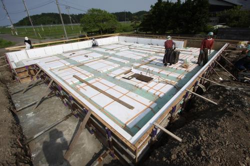 Q1住宅芝置屋根3;基礎断熱材・配筋検査_e0054299_153542100.jpg