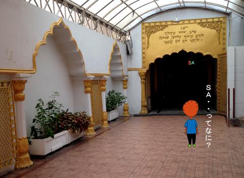 バンコクのインド人街 (パフラット地区)①_d0156336_23143421.jpg