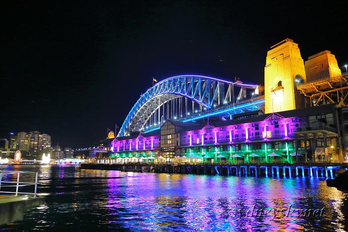 VIVIDSYDNEY 2014 ~3~ Harbour Bridge_f0084337_17431643.jpg