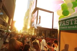 マンハッタンヘンジと食の祭典 Taste of Times Square_b0007805_3174816.jpg