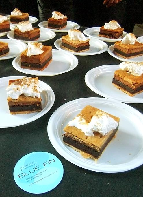 マンハッタンヘンジと食の祭典 Taste of Times Square_b0007805_3191099.jpg