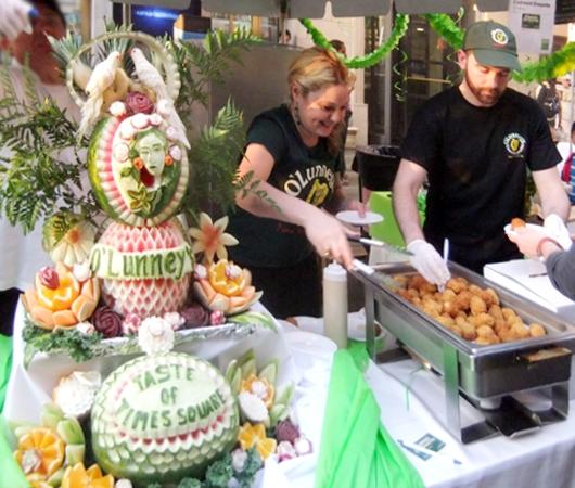 マンハッタンヘンジと食の祭典 Taste of Times Square_b0007805_3385417.jpg