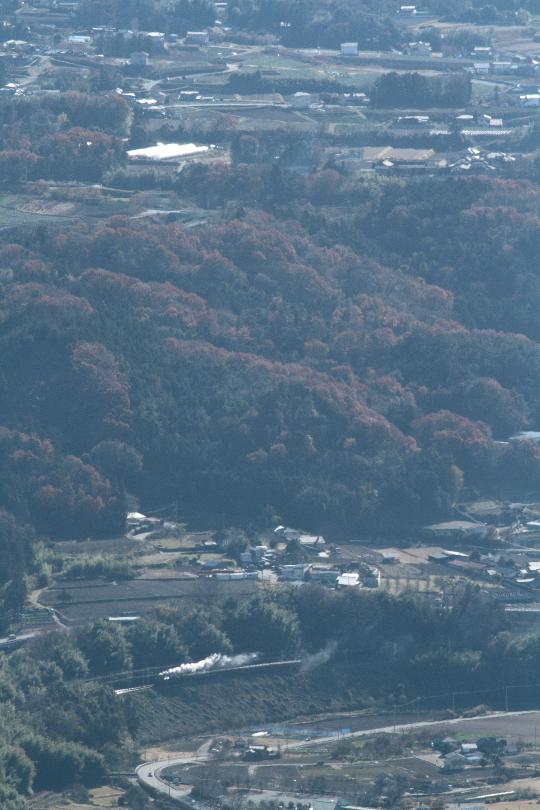 利根川を望んで汽車は走る - 2013年晩秋・上越線 -  _b0190710_23571450.jpg