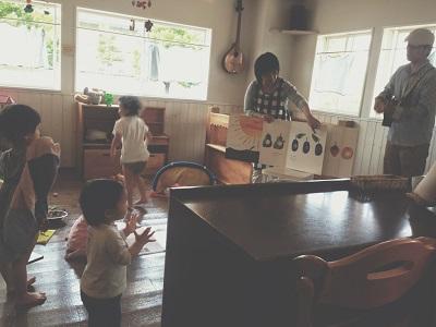 親子カフェ。_a0118722_1734612.jpg