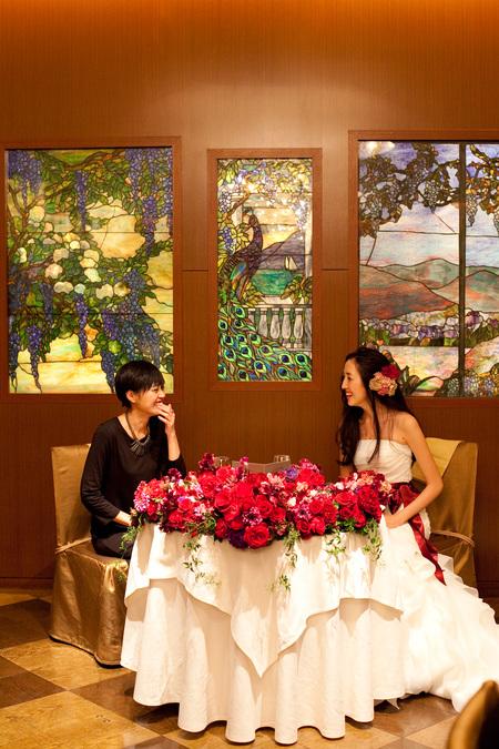新郎新婦様からのメール 赤バラと白磁の装花 メゾン・ポールボキューズ様へ_a0042928_2145519.jpg