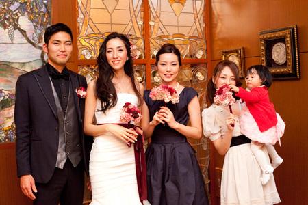 新郎新婦様からのメール 赤バラと白磁の装花 メゾン・ポールボキューズ様へ_a0042928_2155162.jpg