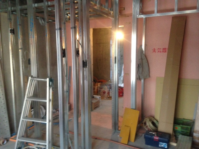 Mビル計画 壁下地工事_a0147436_19193330.jpg