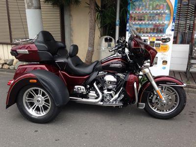 本日のバイク‼_f0194657_1653252.jpg