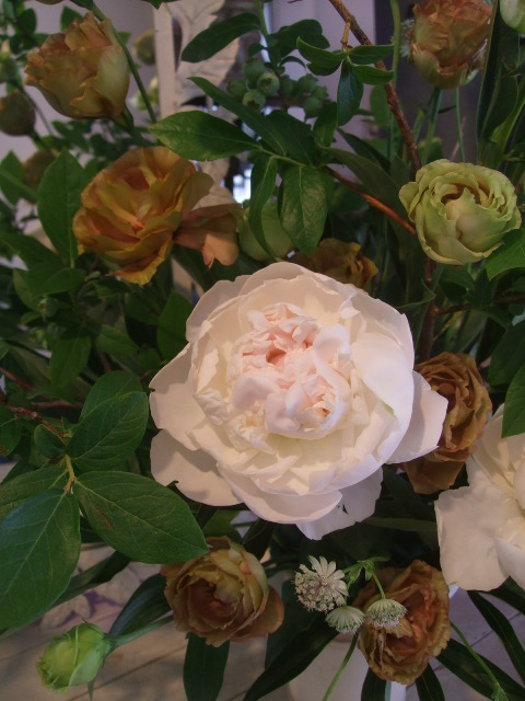 オークリーフ花の教室(加田さんの作品)_f0049672_17301399.jpg
