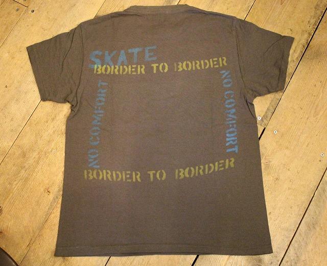 BORDER TO BORDER_d0121303_1955141.jpg