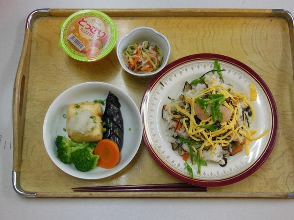 水曜昼教室の料理の会_e0175020_17382753.jpg