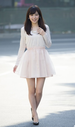 久慈暁子(くじあきこ)さんが清楚な美人です。_e0192740_9314064.jpg