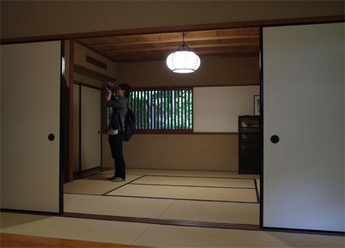 建築家白井晟一の空間に身を置く、そのプロポーションを実寸大で体感する!_d0021969_1304961.jpg
