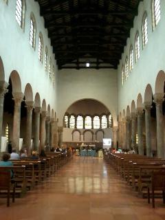 福音史家聖ヨハネ教会(ラヴェンナ)_a0169172_8451245.jpg