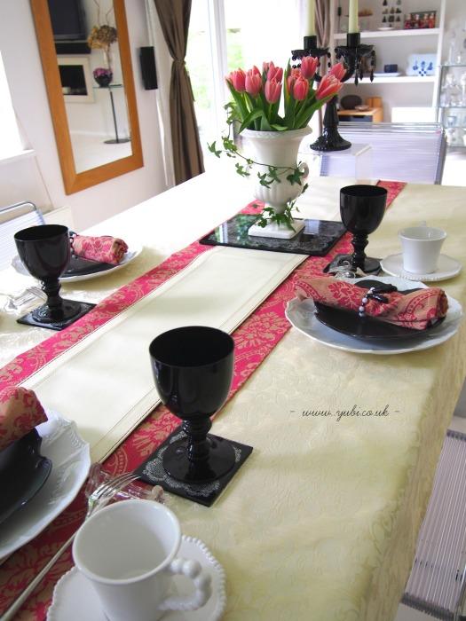 コケ玉作りと、バロック風テーブルコーディネート♪_b0313387_22200997.jpg