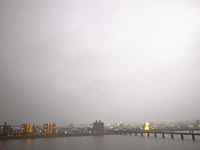 雨の季節 (*^_^*)_c0049299_2224832.jpg
