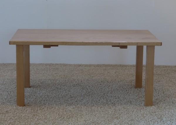 保育園のテーブルをリメイク_c0138410_746114.jpg