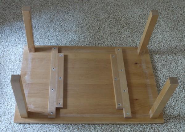 保育園のテーブルをリメイク_c0138410_7462528.jpg