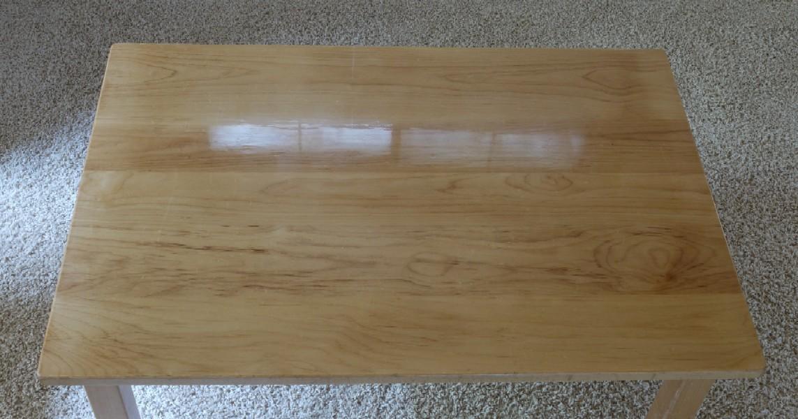 保育園のテーブルをリメイク_c0138410_747812.jpg