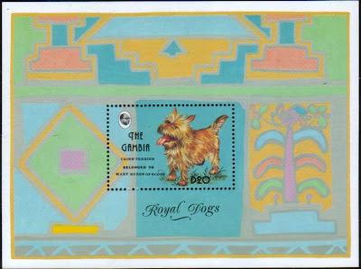 ◆オーダー品◆ ケアーンテリアの切手ペンダント_a0306166_20423805.jpg