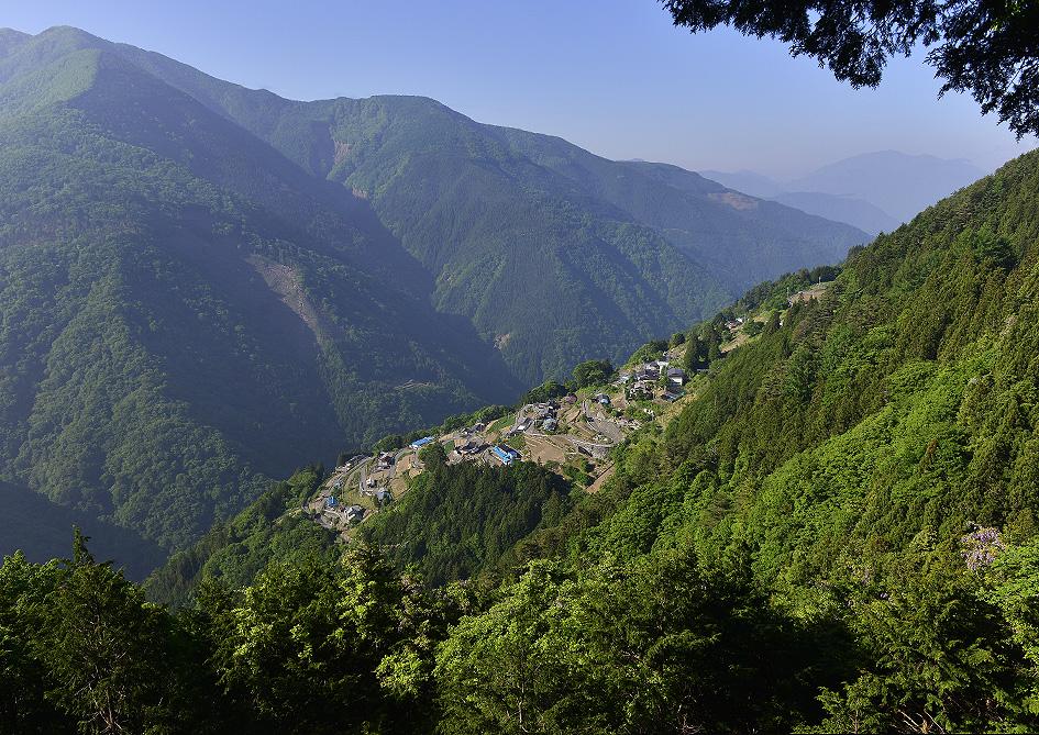日本のチロルと呼ばれる、長野県の下栗の里へ。_f0245594_18285962.jpg