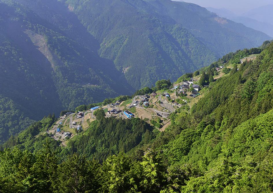 日本のチロルと呼ばれる、長野県の下栗の里へ。_f0245594_18293479.jpg