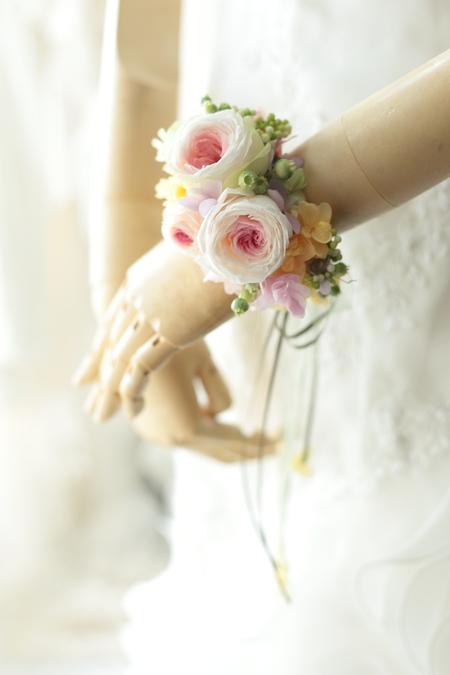 一人でつけられる花冠とリストレット 立川へ_a0042928_21304495.jpg