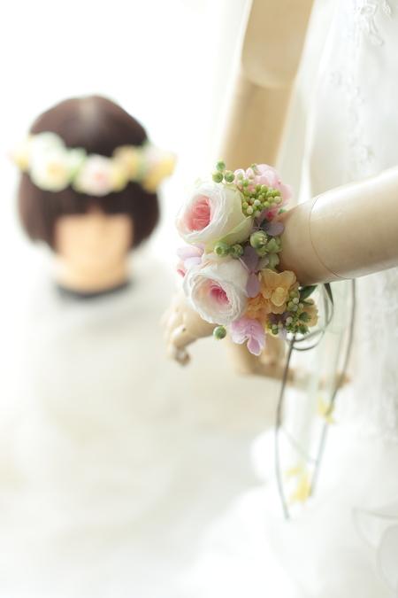 一人でつけられる花冠とリストレット 立川へ_a0042928_2131314.jpg