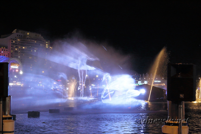 VIVIDSYDNEY 2014 ~5~ DARLING HARBOUR_f0084337_22394796.jpg