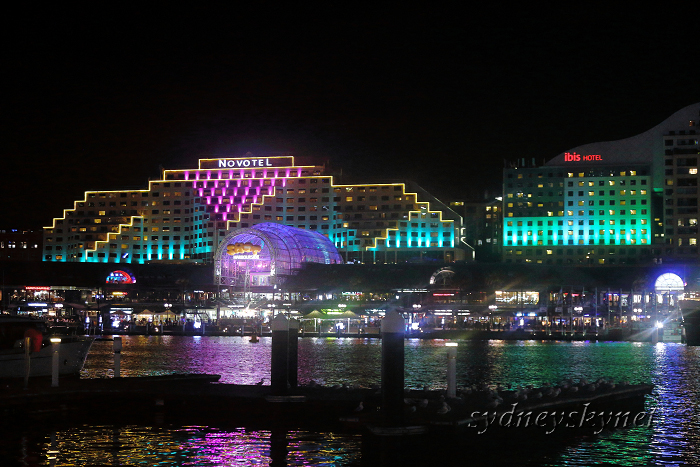 VIVIDSYDNEY 2014 ~5~ DARLING HARBOUR_f0084337_22395878.jpg