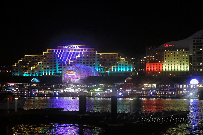 VIVIDSYDNEY 2014 ~5~ DARLING HARBOUR_f0084337_22400640.jpg