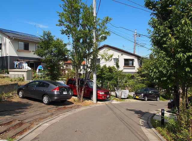 田中敏溥さんが設計した住宅が建ち並ぶまち_b0015157_11331733.jpg