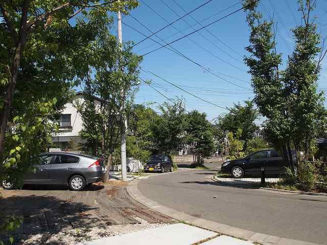 田中敏溥さんが設計した住宅が建ち並ぶまち_b0015157_11334813.jpg