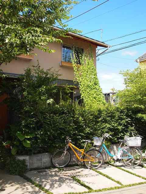田中敏溥さんが設計した住宅が建ち並ぶまち_b0015157_11374815.jpg