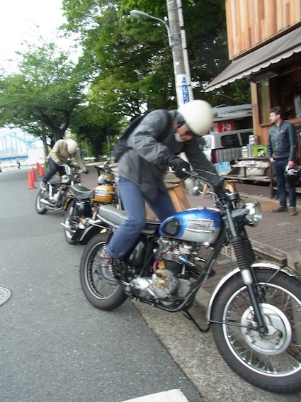 Run with Conrad Leach in Tokyo 2 of 2_a0145275_144510.jpg