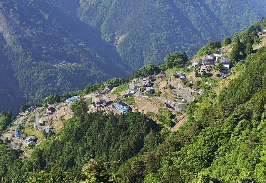 日本のチロルと呼ばれる、長野県の下栗の里へ。_f0245594_12593155.jpg