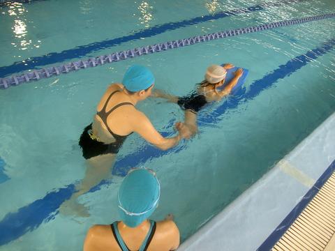 今日から平泳ぎ!!_b0286596_18302055.jpg