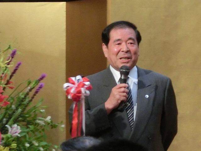 ますます元気な77歳! 勝亦正人氏の喜寿を祝う会_f0141310_734475.jpg