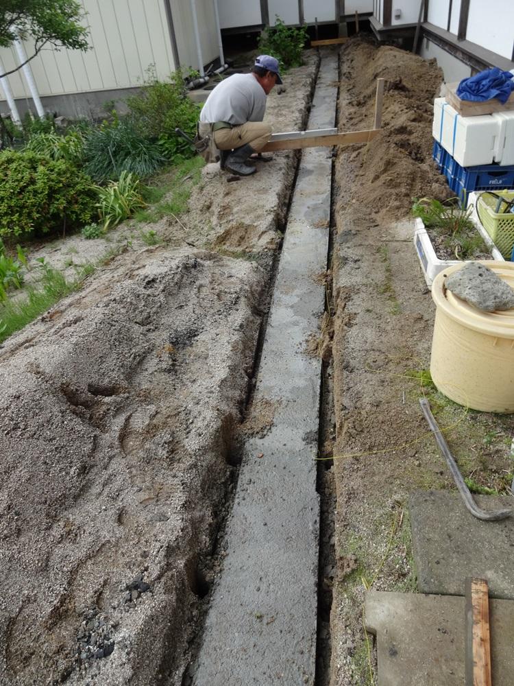 排水工事完了_c0111229_1843281.jpg