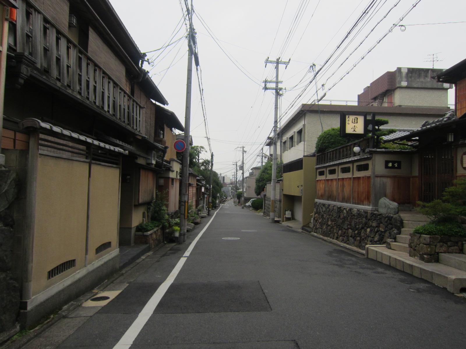 京都の路地裏。_b0207631_9315339.jpg