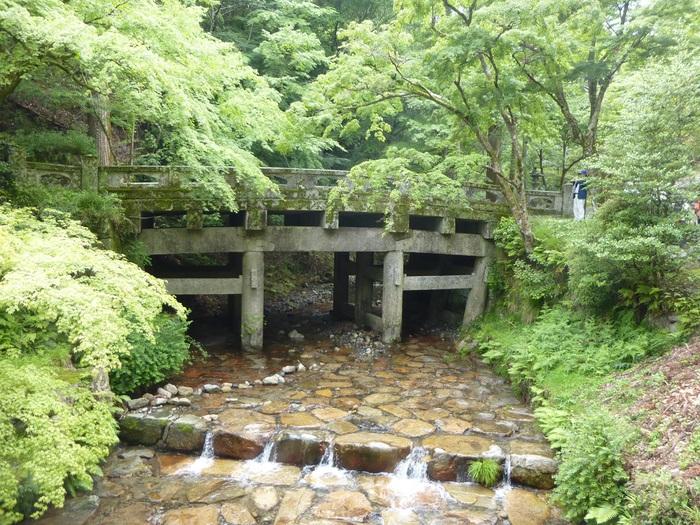 石積みのある門前町 坂本_f0205367_1921536.jpg