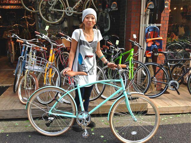 ☆今日のバイシクルガール5本立て☆ 自転車 女子 おしゃれ ミニベロ_b0212032_21211345.jpg