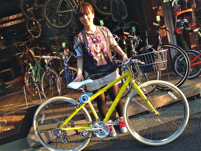 ☆今日のバイシクルガール5本立て☆ 自転車 女子 おしゃれ ミニベロ_b0212032_21215895.jpg