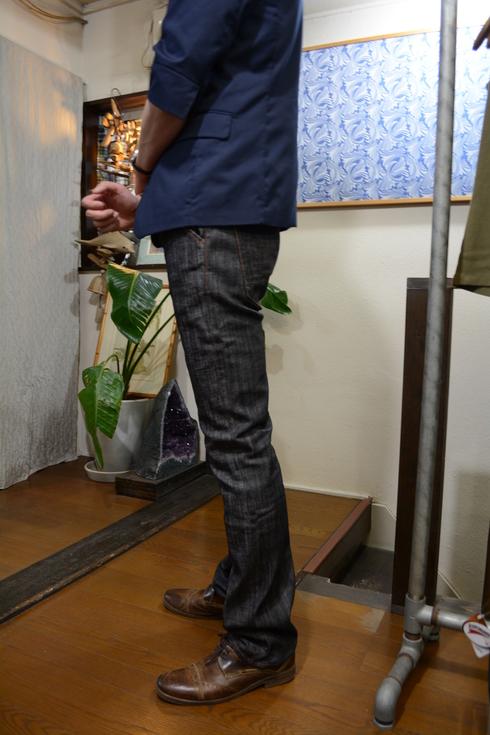 防水レザーバッグは男性向け!&スキニーデニム入荷情報_d0108933_16113489.jpg
