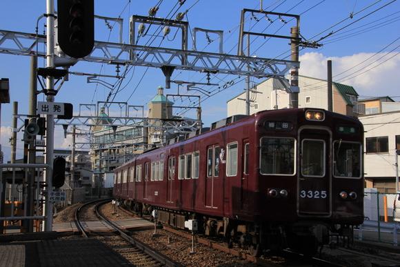 阪急 十三駅にて 撮り鉄_d0202264_23345135.jpg