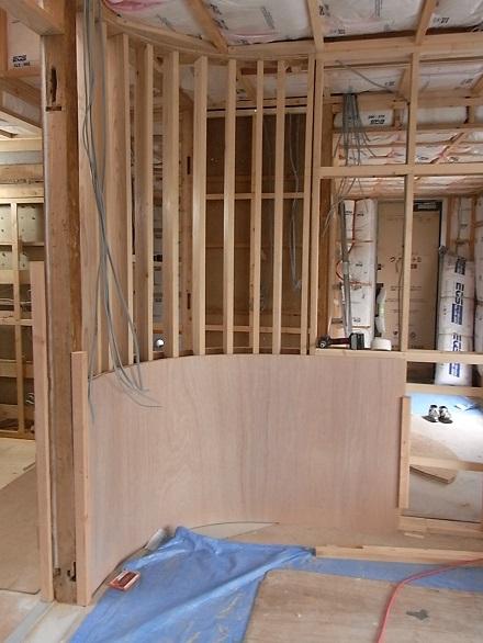 『リボーンハウス』内装工事が進んでいます。_e0197748_145934.jpg