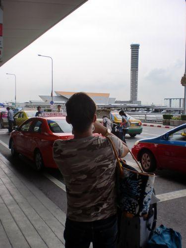 旅日記 クック諸島 2012MAY その3 バンコクトランジット_f0059796_22365758.jpg