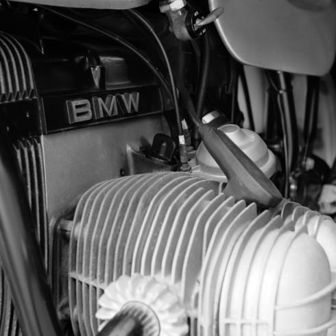 「ベンベがまさしくベンベだったころのベンベ」BMW R65_f0099102_1922173.jpg