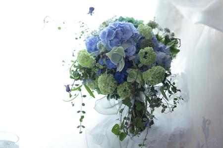 初夏のブーケ アジサイの青の一会風 レストランヒロミチ様へ_a0042928_20412870.jpg