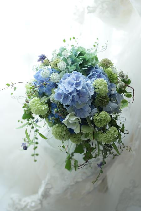 初夏のブーケ アジサイの青の一会風 レストランヒロミチ様へ_a0042928_2041961.jpg